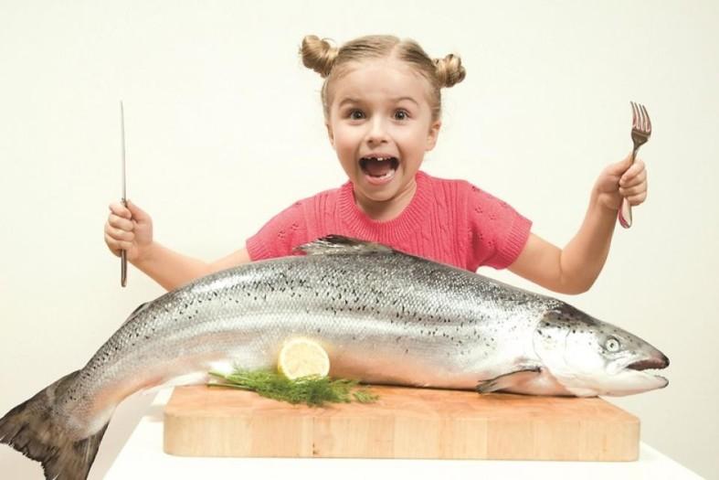 Девочка и рыба