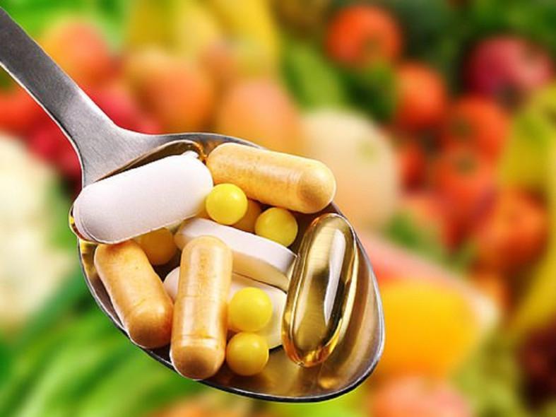 Витамины на ложке
