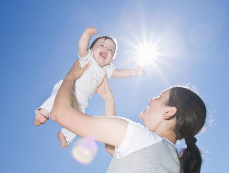 Ребенок на солнышке