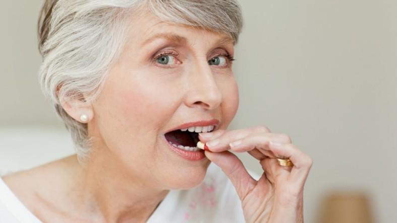 Витамины для женщин после 70 лет